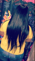 IAM IN LOVEEEEE WITH THIS HAIR. It is so silk